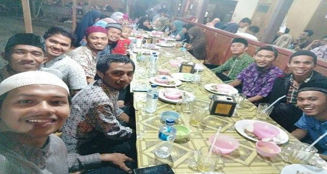 Ifthar Jama'i Mempererat Silaturrahmi Pengurus dan Alumni KAMMI PD ABES