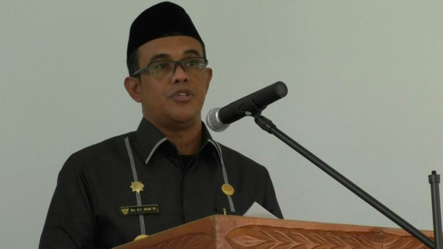 Bupati Aceh Jaya, Drs. T. Irfan, TB (sumber: buanaindonesia.co.id)