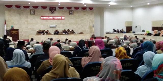 DPRD Kabupaten Lahat Bersama Pemkab Lahat Bahas RAPERDA Tahun 2017