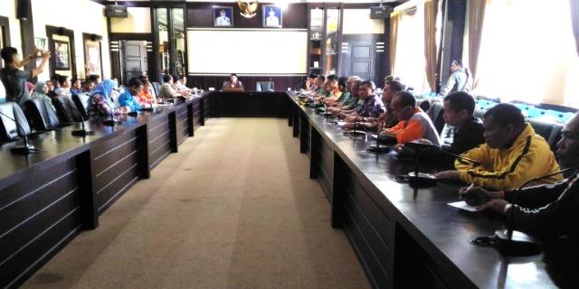 Pemerintah Kota Pagaralam mengadakan Rapat Koordinasi dengan instansi terkait untuk membahas penanggulangan bencana jika statusnya meningkat dan terjadi letusan, Jumat (07/04/2017).