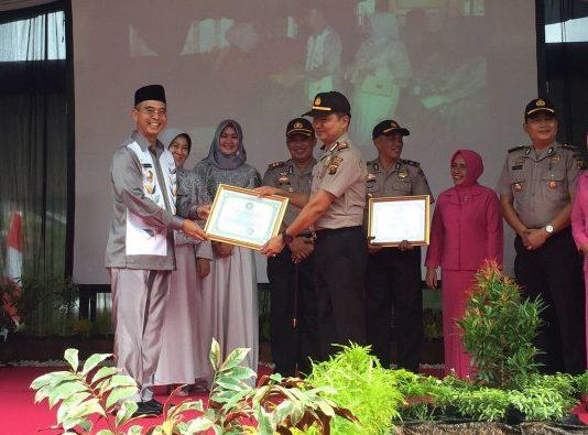 Tiga Polsek Terima Penghargaan Dari Pemkab Mura