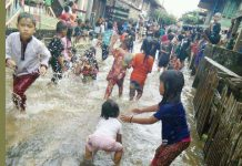 "Banjir di Teluk Kijing II, Berubah Jadi ""Objek Wisata"" Dadakan"
