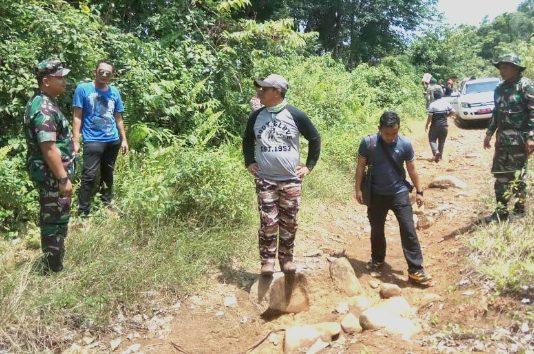 Bupati Aceh Jaya bersama Dandim Tinjau Lokasi Jalan di Kecamatan Panga