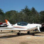 Kunjungan Kerja Berakhir, Gubernur Aceh Mempiloti Pesawat