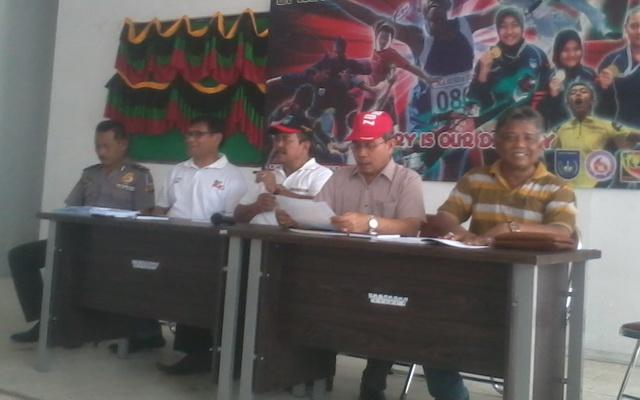 Juornalist Cecar Panitia Popda XIV Aceh Dengan Pertanyaan Dana