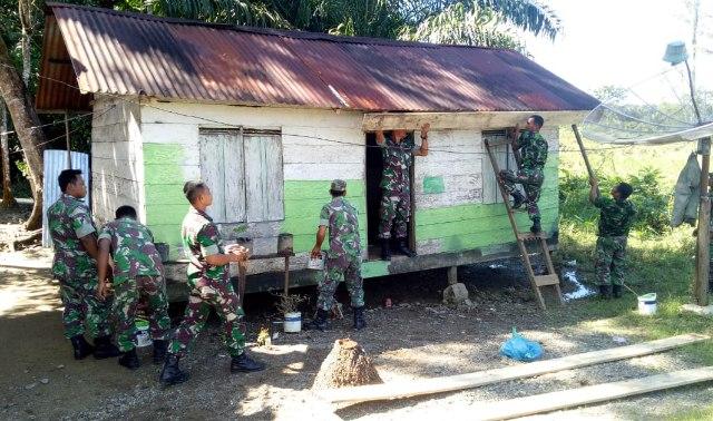 Personil Kodim 0114/Aceh Jaya, melaksanakan kegiatan Bakti Sosial