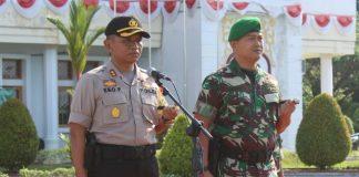 Kapolres Aceh Jaya, Bersama Dandim, saat memimpin Apel Gelar Pasukan.
