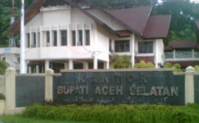 Kantor Bupati Aceh selatan (poto net)