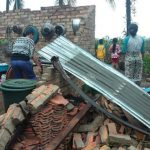 Angin Puting Beliung Hantam Puluhan Rumah di kecamatan Muara Telang