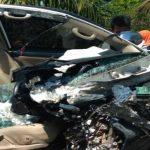 Mobil Sedan Civic Meledak Ban, 1 Orang Pejalan Kaki Tewas