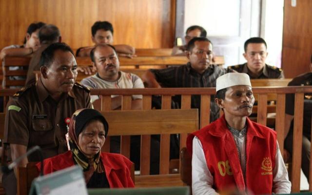 Dengar Keterangan Saksi, Ibu Korban Menangis Sesali Perbuatannya
