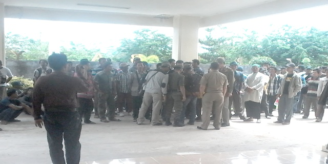 Warga Timbul Jaya Tuntut Keadilan ke Dewan Banyuasin
