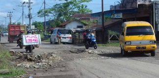 Jelang Arus Musik, Jalan Provinsi Penghubung Antara Kota Lubuklinggau dengan Kecamatan Tugu Mulyo Mulai di Perbaiki