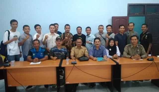 Pengurus dan anggota IPSI Banyuasin seusai melaksanakan rapat kesiapan kejuaraan Bupati Cup III