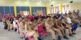 Ket foto : Para Kepala Desa saat mengikuti arahan dari BPMPD Muara Enim terkait DD