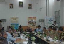 Plt Bupati Muara Enim H Juarsah SH saat memimpin Rapat membahas pembangunan Gasifikasi Batubara di Tanjung Enim