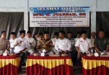 Plt Bupati Muara Enim H Juarsah SH saat acara Bunga Desa di Kecamatan Gelumbang