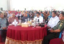 Kepala Dinas Kesehatan dr, Hakim (paling kiri) saat bersama Bupati Banyuasin H. Askolani SH., MH (tiga dari kanan) dan Unsur Terkait Pemda Banyuasin