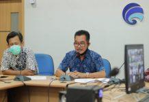 Video Coference bersama Komite Pemberantasan Korupsi Republik Indonesia (KPK RI) dan seluruh Kepala Dinas Komunikasi dan Informatika se-Sumsel. di Ruang Rapat Dinas Komunikasi dan Informatika Kabupaten Banyuasin, Jum'at (15/05/20).