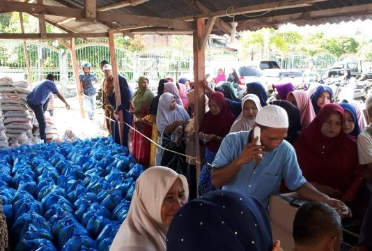Tekan Inflasi di Bulan Ramadhan Disperindagkop Aceh Selatan  Gelar Pasar Murah