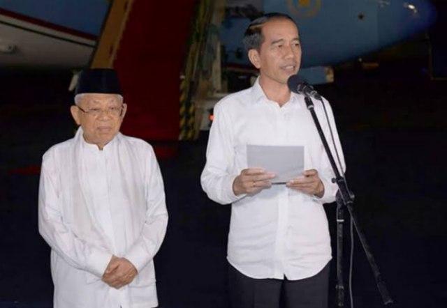 Ir H Jokowi didampingi KH. Ma'ruf Amin saat memberikan keterangan pasca keputusan MK di Halim Perdana Kusuma Jakarta Kamis (27/6/2019).