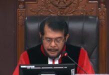 Ketua MK, Anwar Usman membacakan putusan sengketa pemilihan presiden 2019 Kamis (27/06/29)