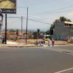 Pembangunan Jembatan Baru Terkendala Rambu Lalu Lintas dan Billboard