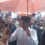 Warga Cibatu Antusias Sambut Jokowi,  Sebagian Awak Media Tidak Bisa Meliput